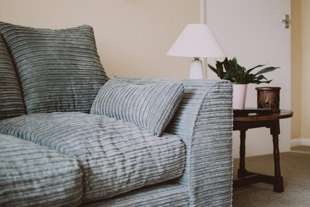Kā pagarināt mēbeļu kalpošanas laiku?